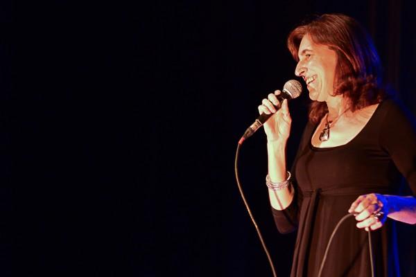 Elis Regina é homenageada na quarta do C La Vie