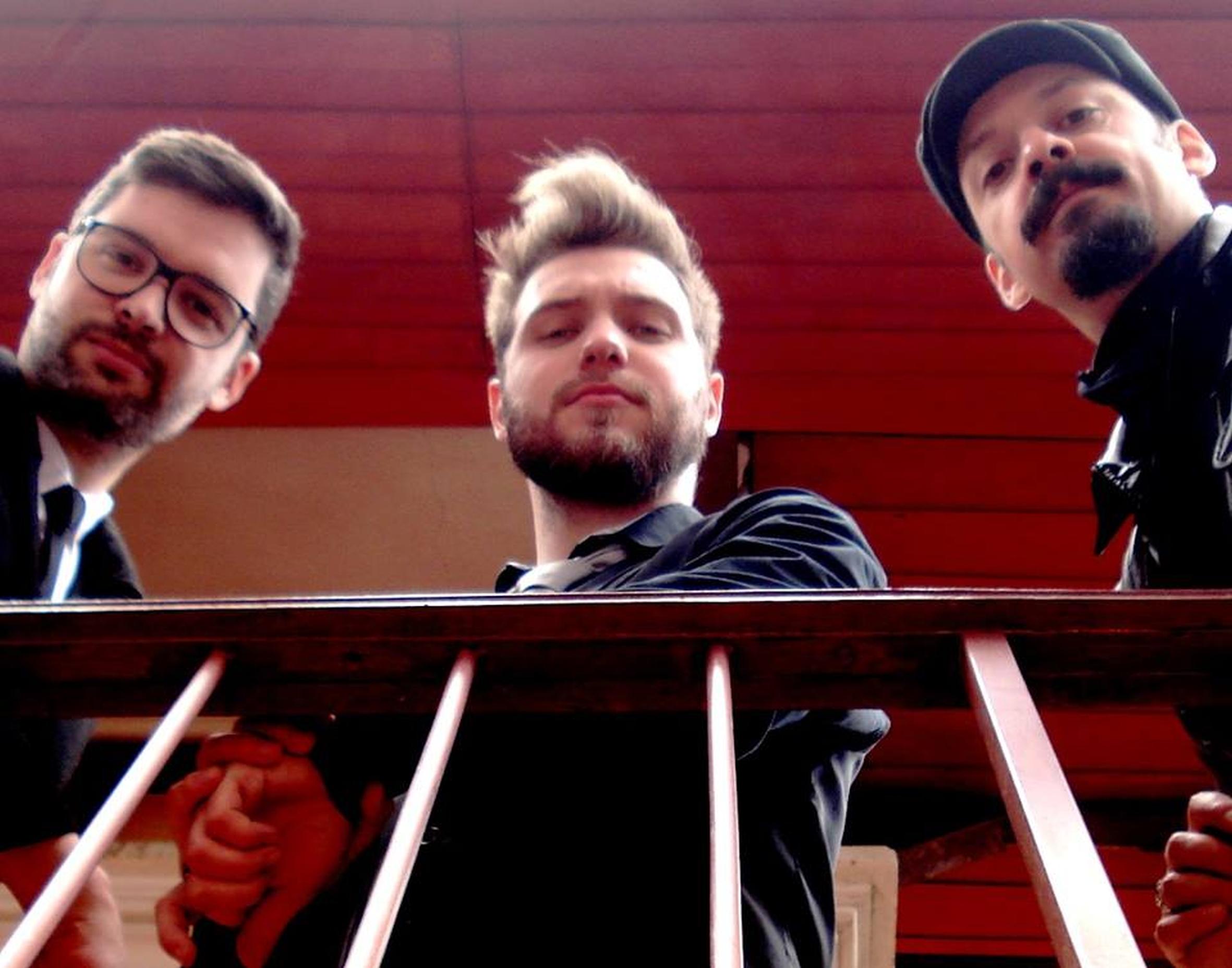 Ronnie Blues Trio