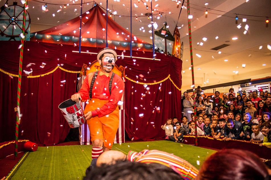 O circo do Shopping Cidade