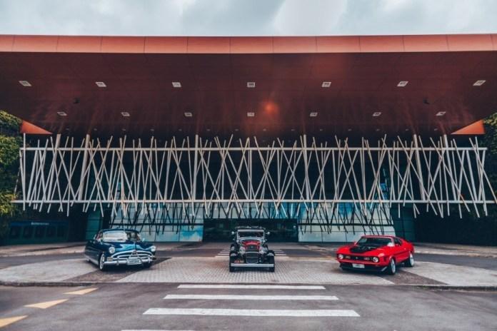 Old & Low Car Curitiba