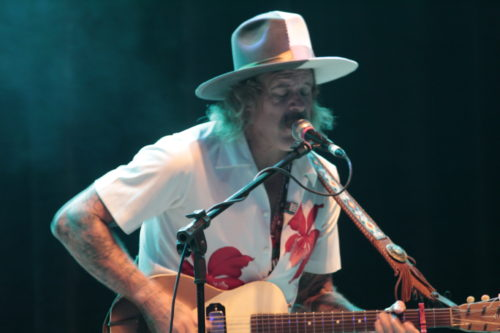 Donavon Frankenreiter - Surf music no primeiro show internacional em Curitiba