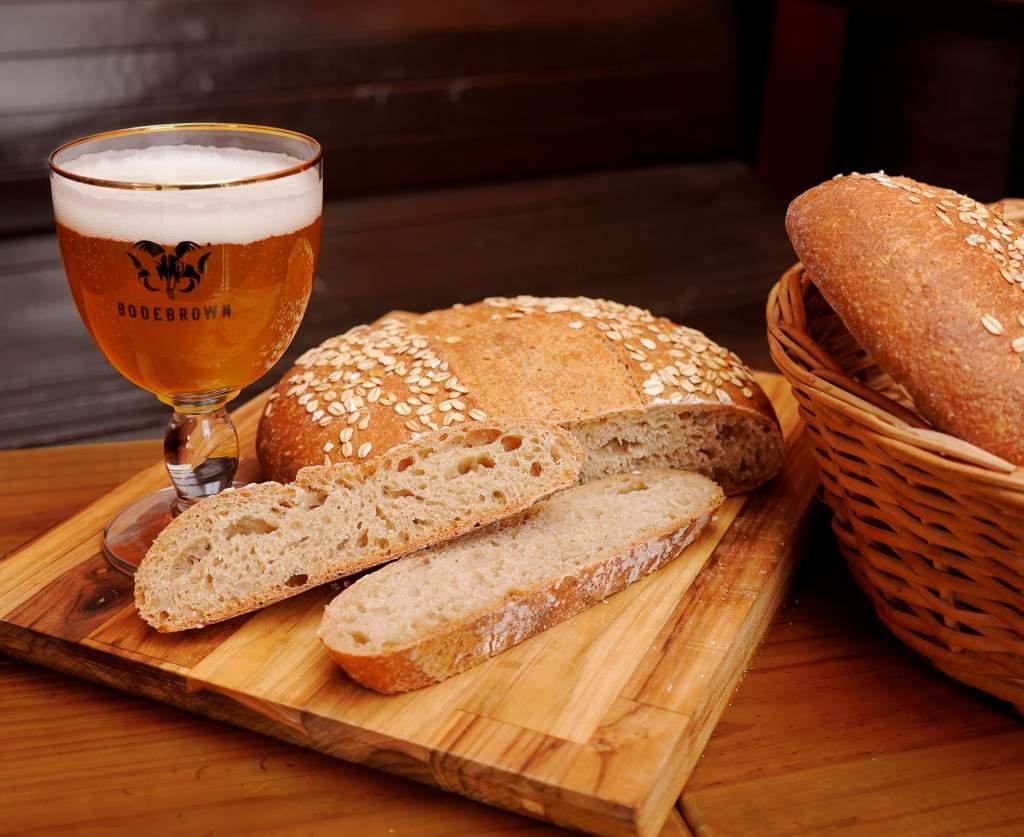 Pães e cervejas especiais na Bodebrown